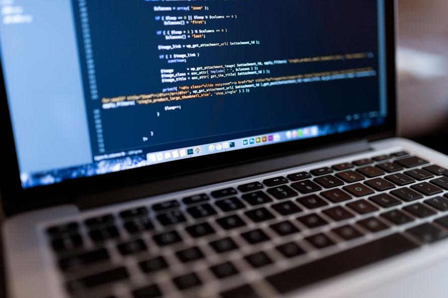I vantaggi di un CMS Opern Source rispetto a un CMS proprietario
