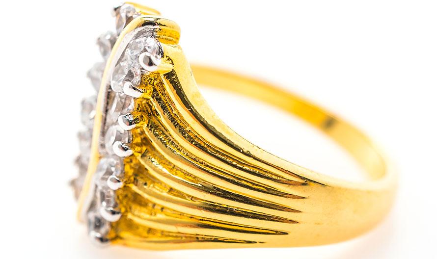 Quando conviene comprare oro per ottenere un buon guadagno?