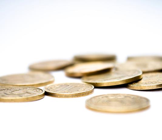 """La crisi continua: si fa ancora ricorso a investimenti sicuri e """"Compro Oro"""""""