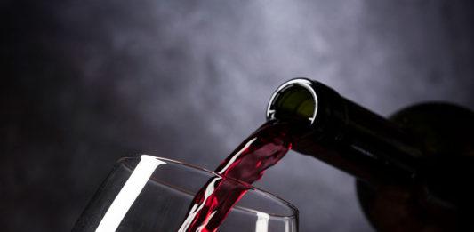Acquisto di vini: sempre più persone si rivolgono ad enoteche online